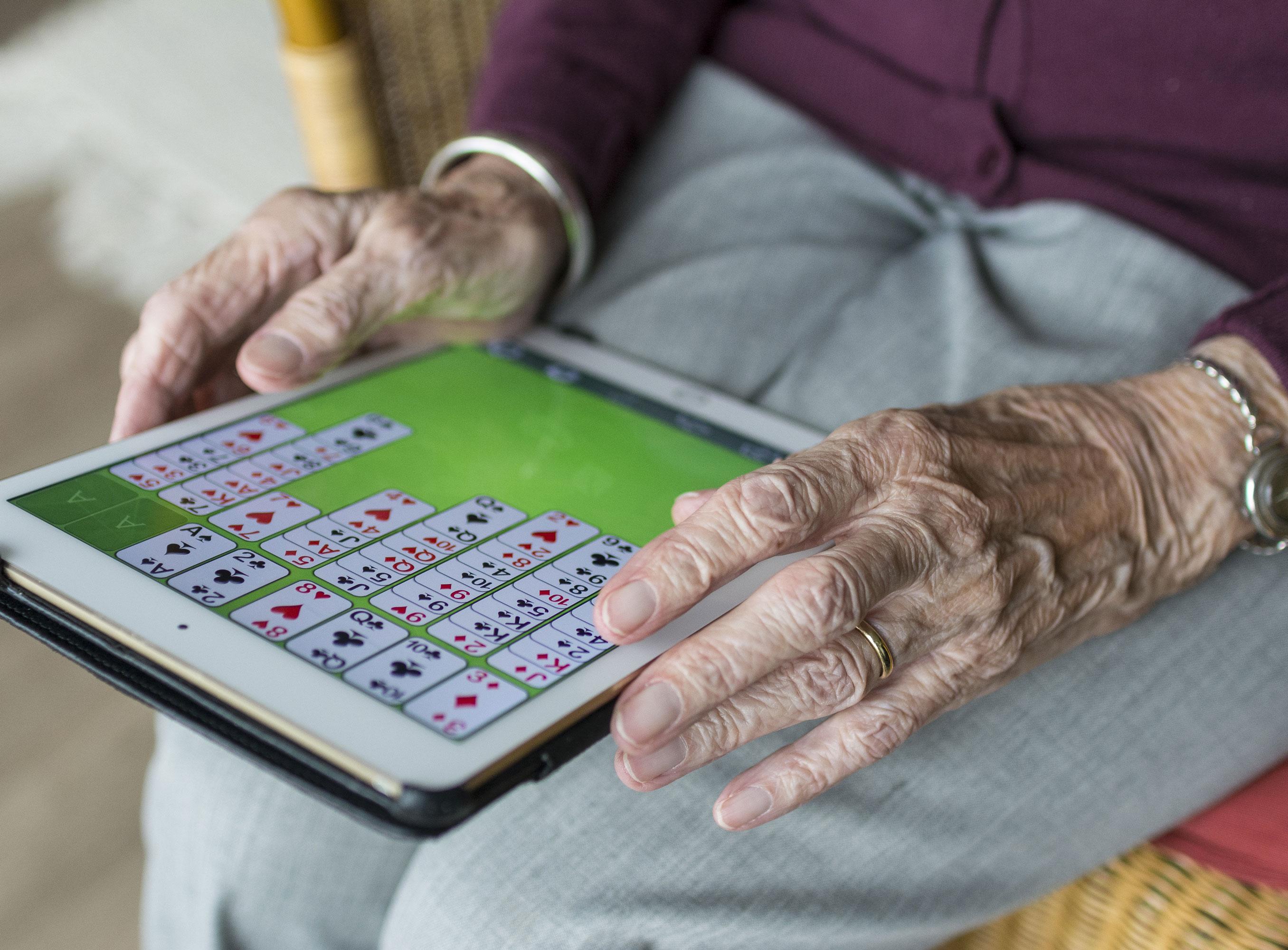 tablette aînée